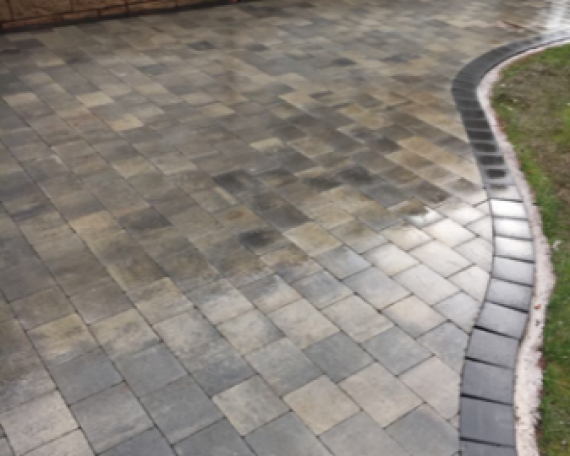 Skye Maura Mixed Sizes with Charcoal Medium Border laid by Driveways by Design